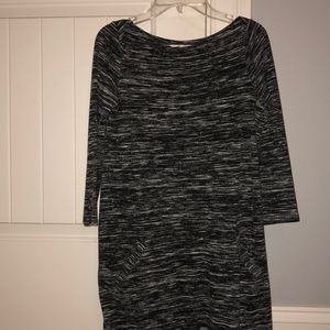 Hollister Gray and White Shift Dress